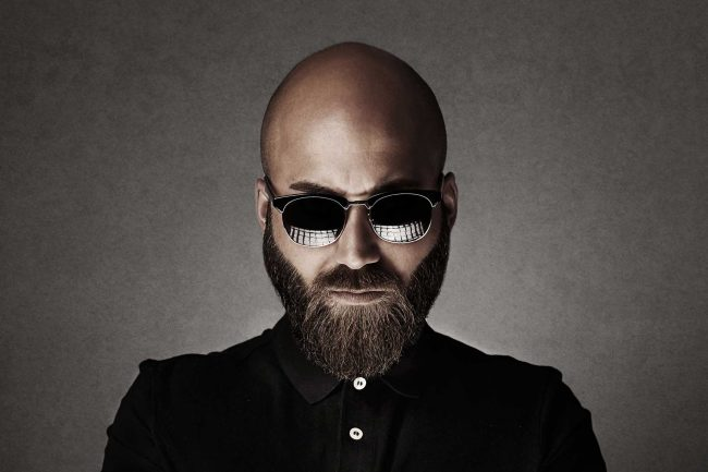 Portrait artistique de l'homme à la barbe