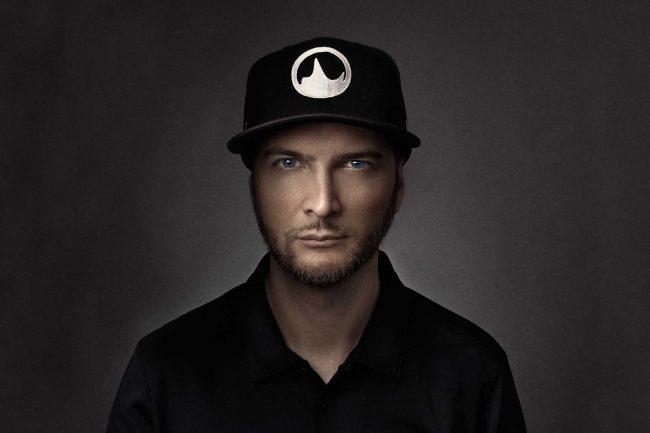 Soundlr, portrait avec casquette